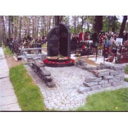 Памятник №135 из гранита