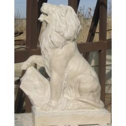 Скульптура из мрамора «Лев»